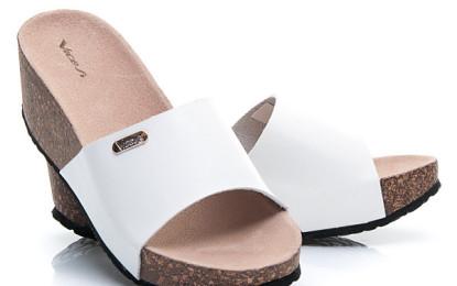 """Aké topánky sú """"hot"""" v tomto lete?"""
